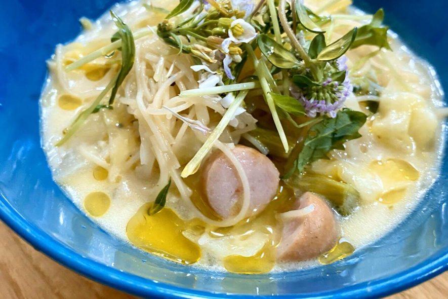 ヨーグルトと塩麹のスープビーフン