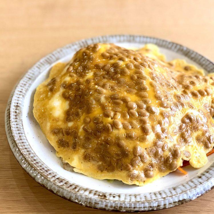 納豆卵オムカレー焼ビーフン