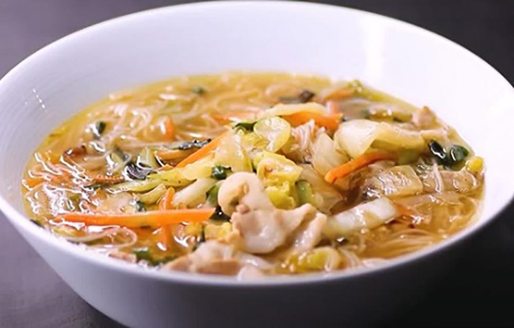 「野菜の旨味たっぷり おいしい汁ビーフン」