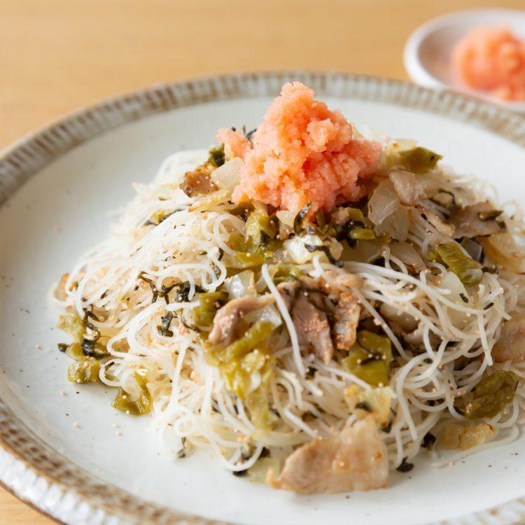 うま味たっぷり☆たらこと高菜の焼ビーフン