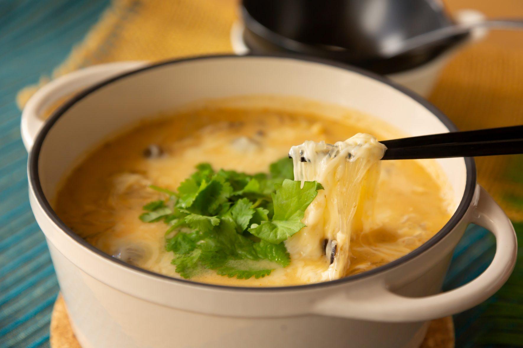 とろーりチーズのトムヤムはるさめ鍋