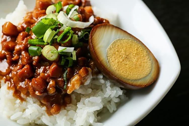 台湾魯肉飯(ルーローハン)
